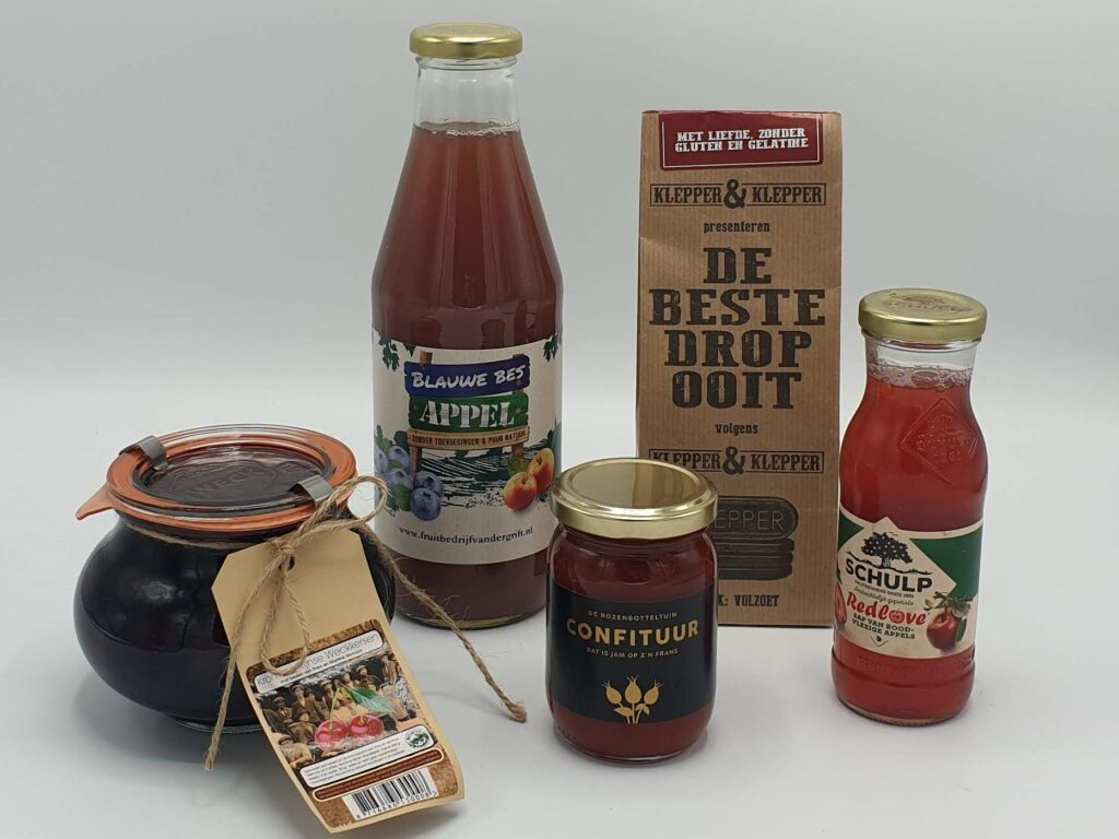 Zoete streekpakket, streekproducten, Redlove sap, de Beste drop ooit, rozenbottel confituur, dubbelsap, weckkersen Cothen