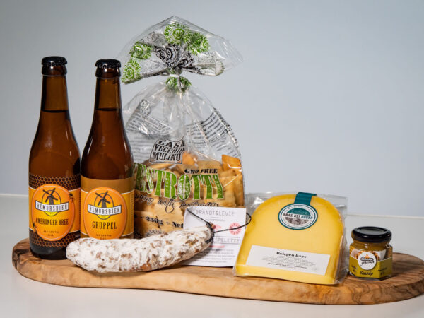 Borrelpakket streekproducten met biertjes